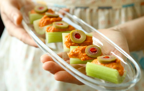 Celery Bites with Roasted Red Pepper Cream
