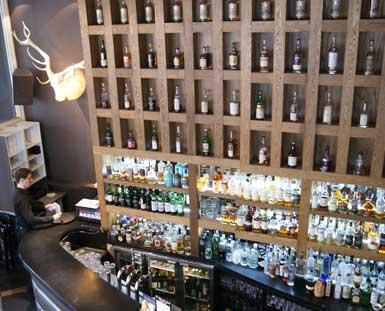 The Albannach bar
