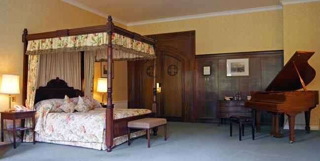 Ashdown Park bed