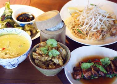 asian restaurant reviews Busaba dishes