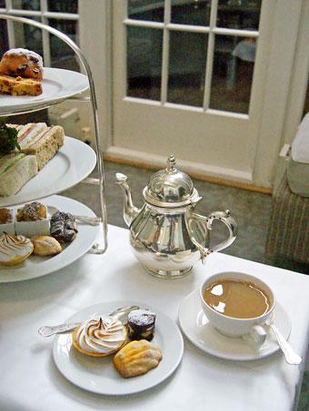 Dukes hotel afternoon tea