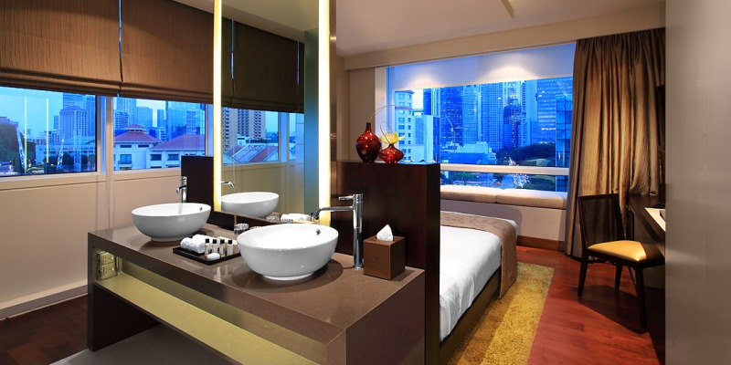 Park Regis bedroom