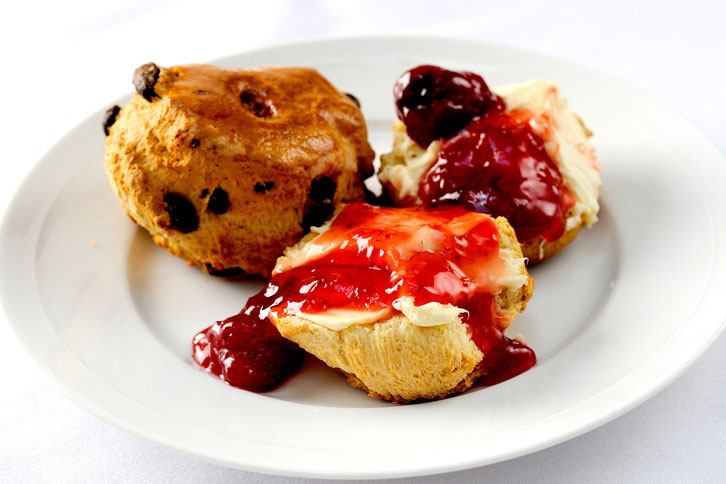 scones St James's Hotel and Club