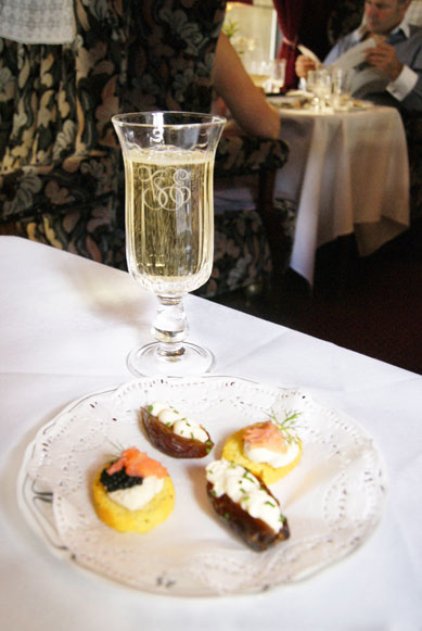 Venice Simplon-Orient-Express champagne