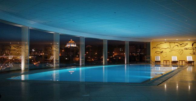 The yeatman hotel pool 2