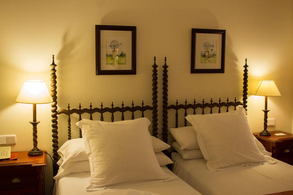 Hotel Bon Sol bedroom