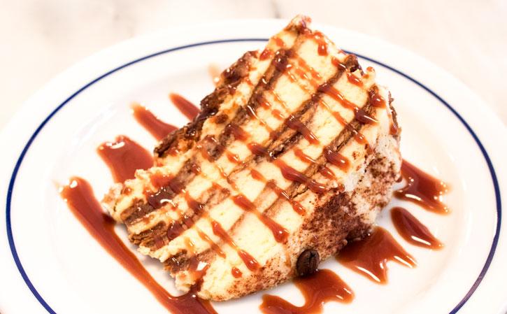 Canela Café cake