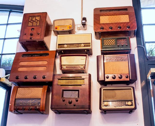 Canela Café radio