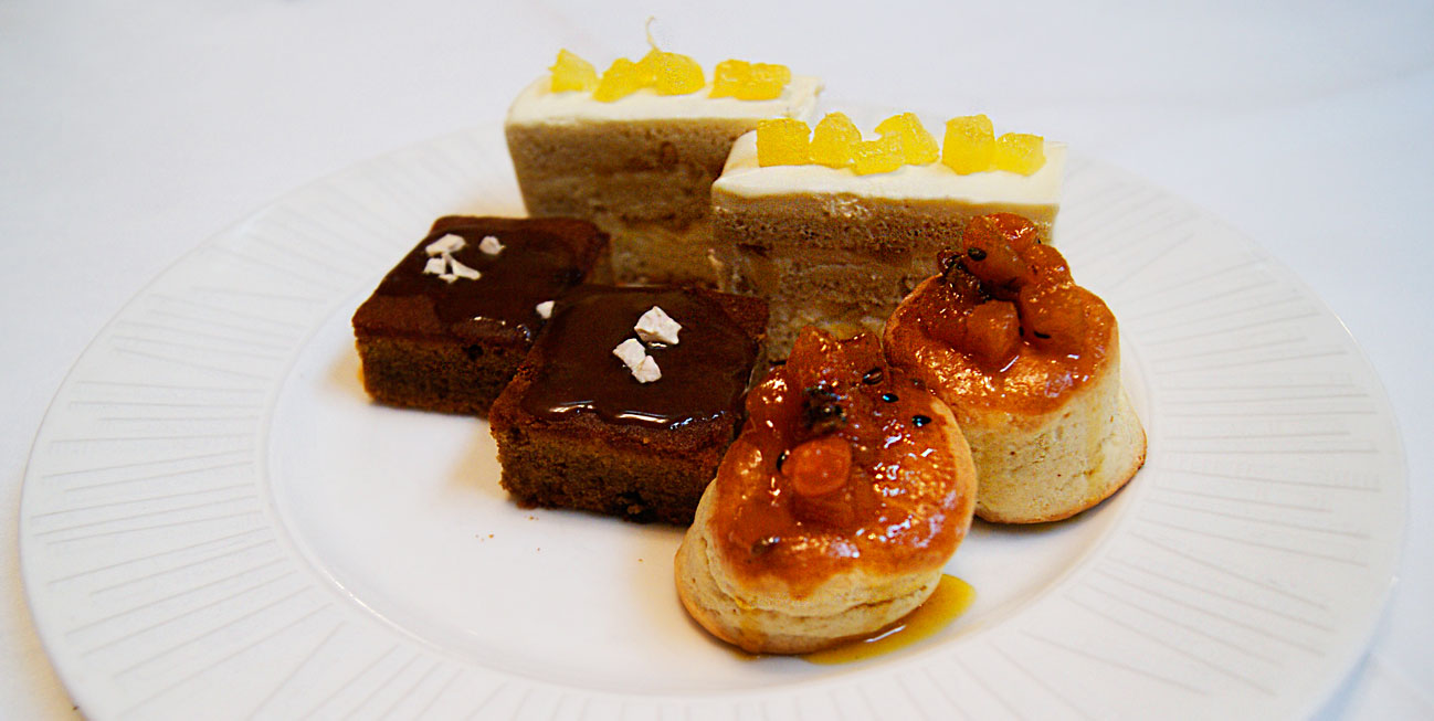 cinnamon club cake