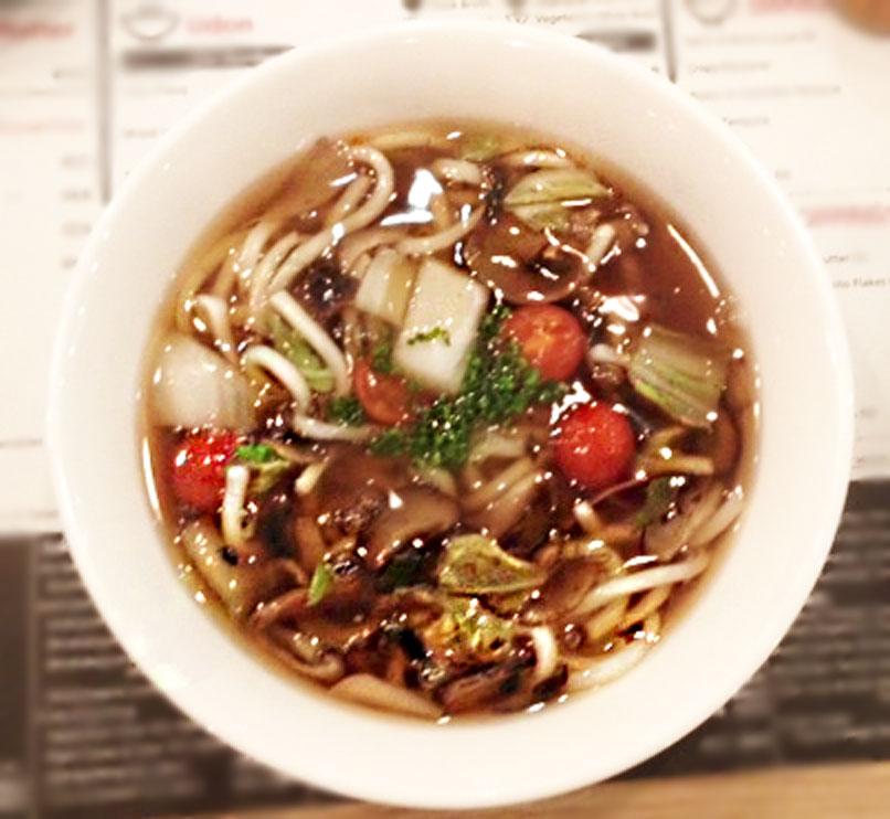 Den Udon soup