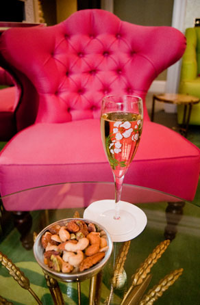 Perrier-Jouët Champagne Lounge at Dukes Hotel – review