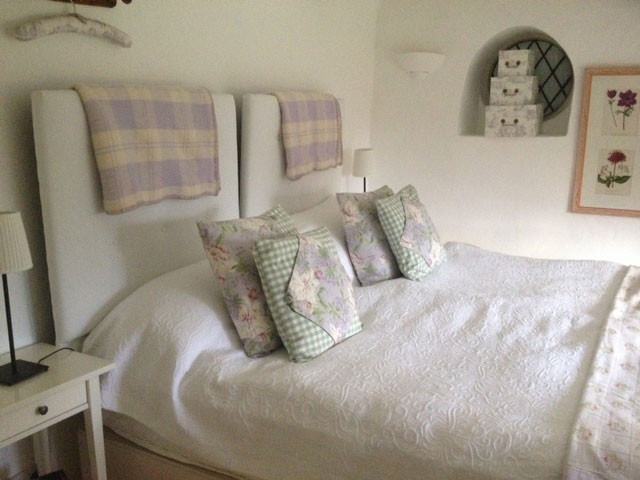 Ivy Roost Cottage bed