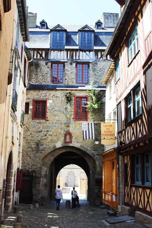 Rennes arch