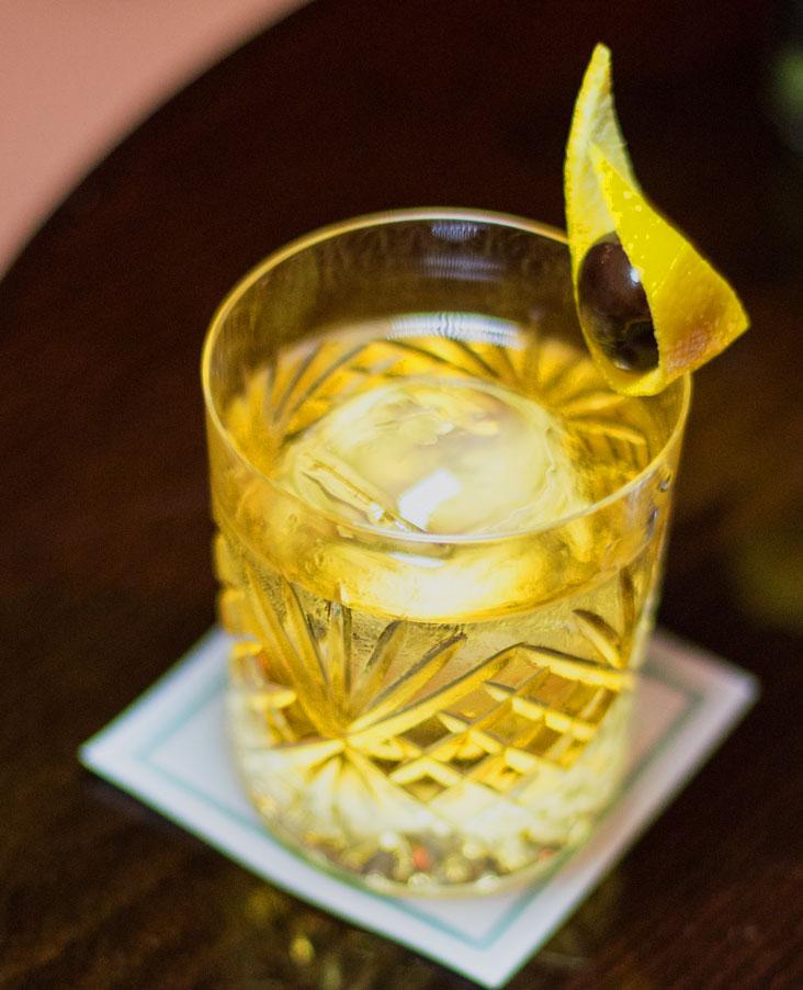 lobby bar cocktail