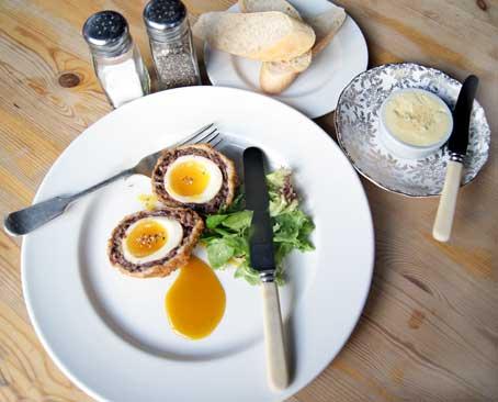 restaurant review Pear Tree Pub scotch eggs