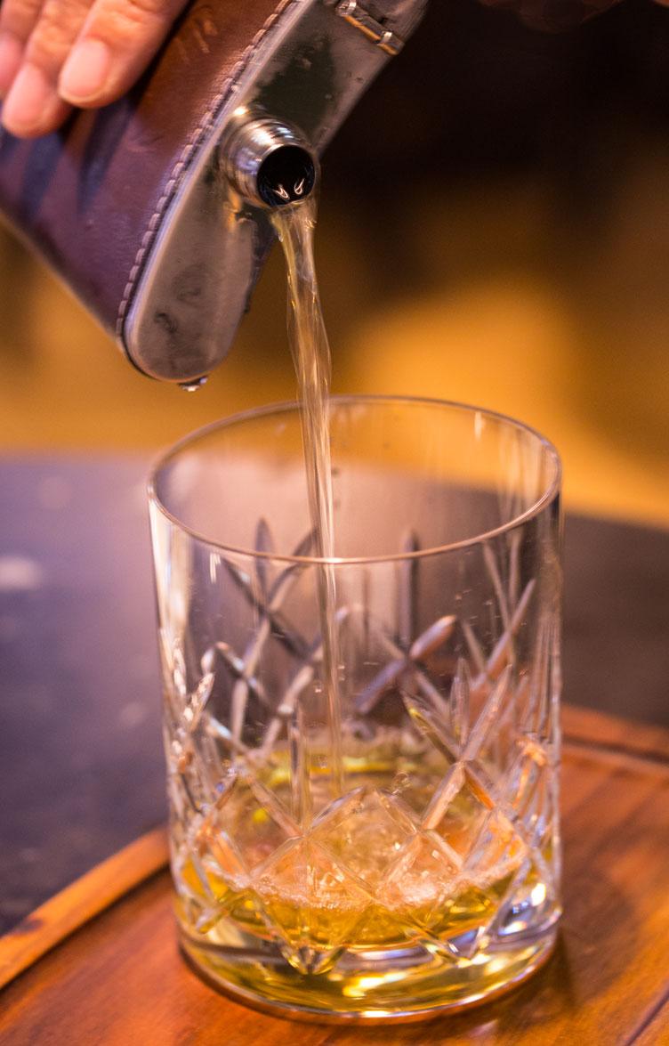 Romulo Café cocktail