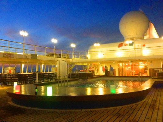 silversea cruise pool