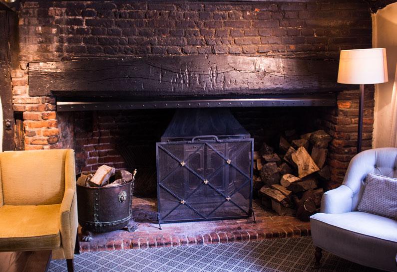 lavenham swan fireplace