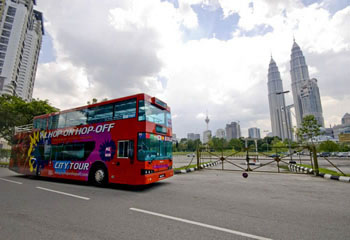 Hop-On Hop-Off – Day and Night Tour in Kuala Lumpur – travel review