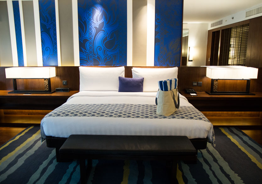 Outrigger room