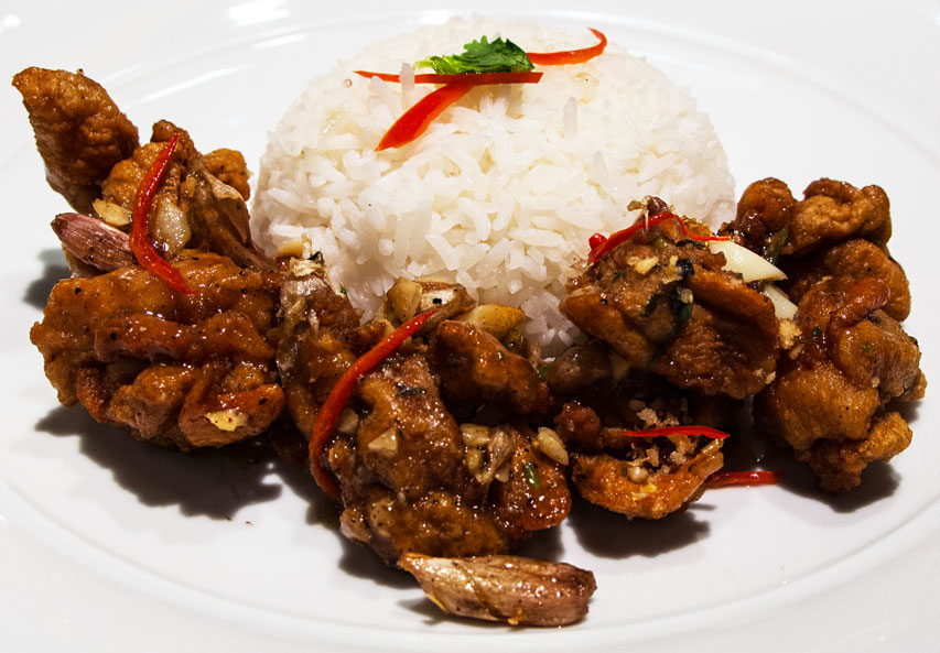 Outrigger pepper beef