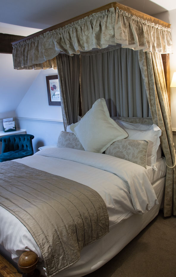 Holdsworth bed