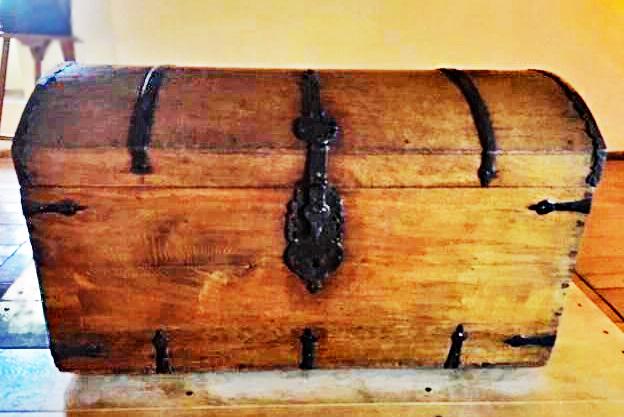 Loevestein chest